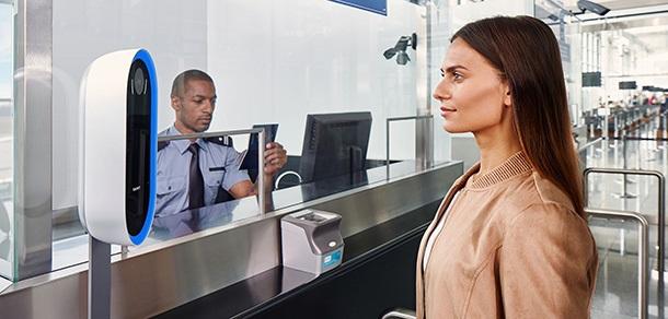 https: img.okezone.com content 2018 10 19 207 1966417 canggih-bandara-ini-gunakan-teknologi-pengenalan-wajah-iA5PBCSM0G.jpg