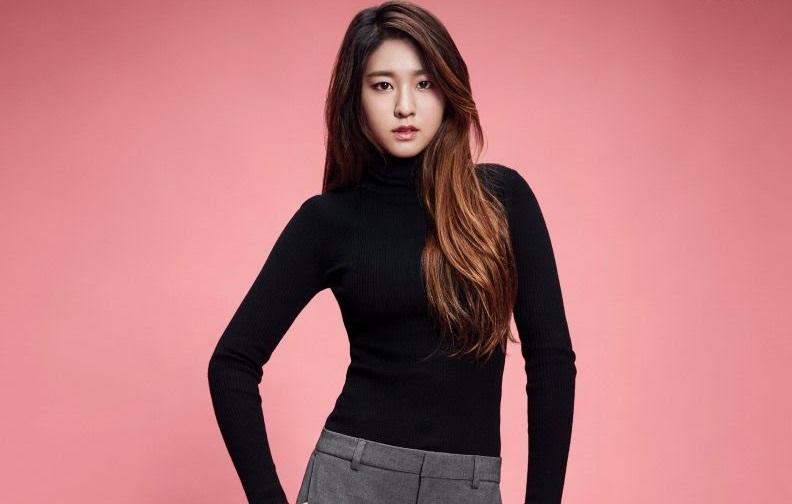 https: img.okezone.com content 2018 10 23 194 1967938 4-trik-berbusana-bintang-korea-agar-terlihat-lebih-langsing-ni9A6vkYPO.jpg