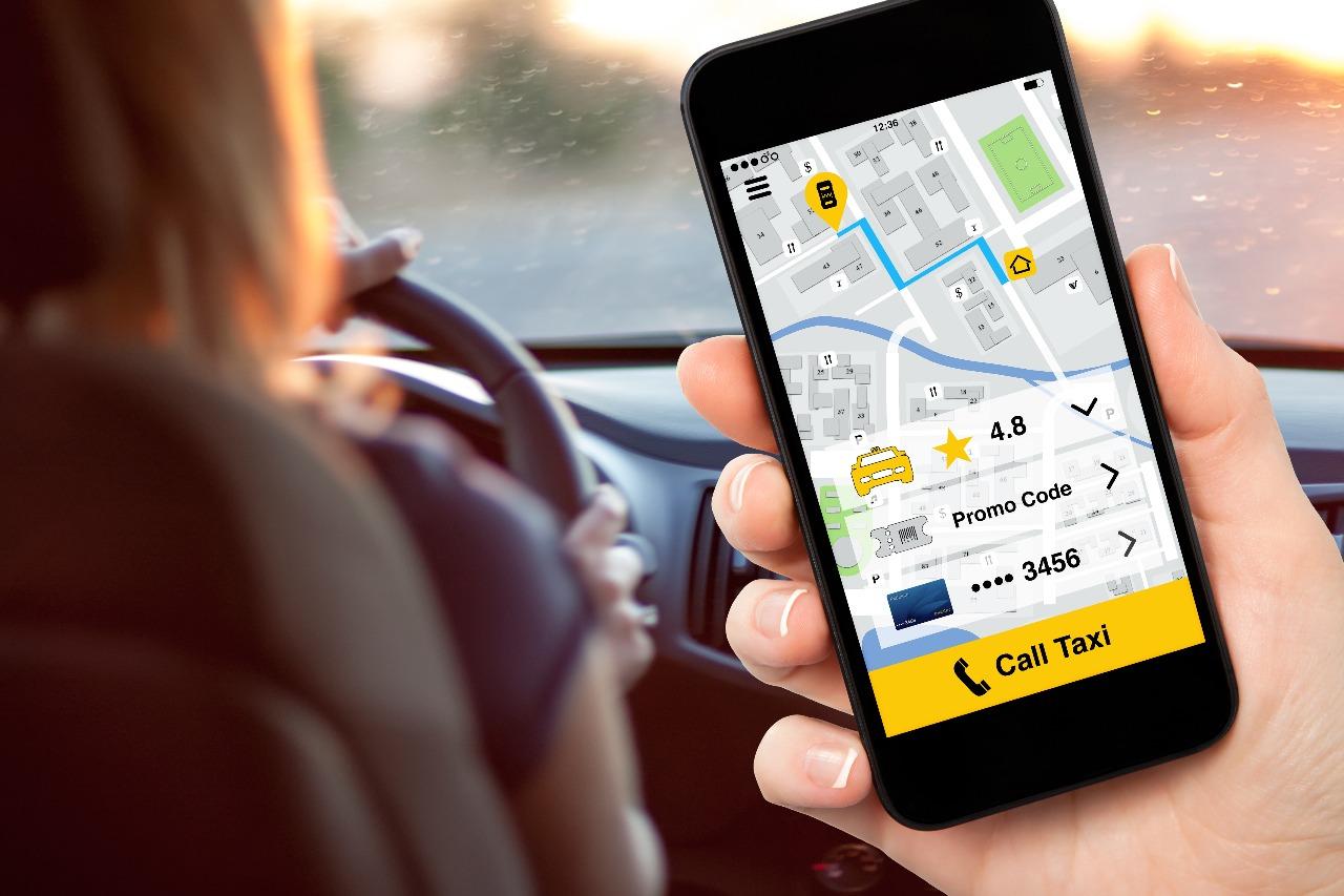 https: img.okezone.com content 2018 10 24 320 1968201 uber-sediakan-layanan-antar-makanan-via-drone-ZW3yYKESIR.jpg