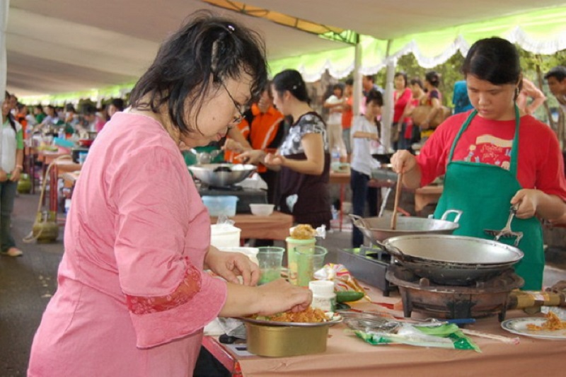 https: img.okezone.com content 2018 10 25 298 1968980 siap-siap-vegan-festival-bakal-ada-di-yogyakarta-a35jDs8HxY.jpg