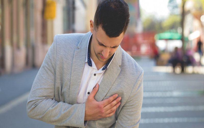 6 Gejala Kanker Payudara pada Pria & Cara Memeriksanya ...
