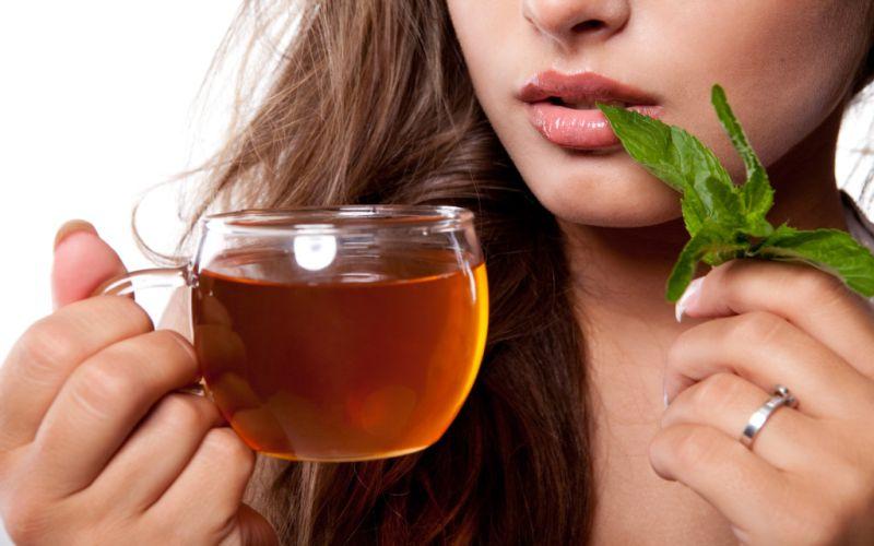 https: img.okezone.com content 2018 10 27 298 1969591 6-jenis-teh-dan-khasiatnya-untuk-masalah-kesehatan-JlZtvONd5u.jpg