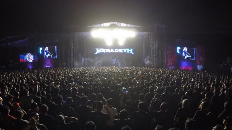 https: img.okezone.com content 2018 10 28 205 1970083 disambut-15-ribu-penggemar-musik-metal-indonesia-megadeth-sungguh-menyenangkan-crVG0Xbqrg.jpg