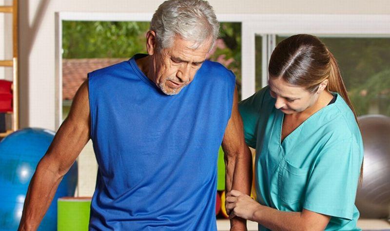 Misalnya kalau jalan kaki lalu dada merasa tidak nyaman, bisa langsung lakukan MENARI.