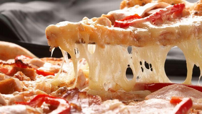 banyak milenial menyukai pizza bukan karena saus tomatnya yang luar biasa enak