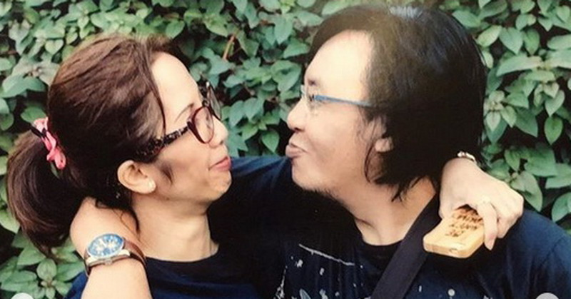 https: img.okezone.com content 2018 10 31 33 1971346 romantisnya-ari-lasso-unggah-foto-kebersamaan-dengan-istri-sepanjang-masa-af5uHGFcBg.jpg