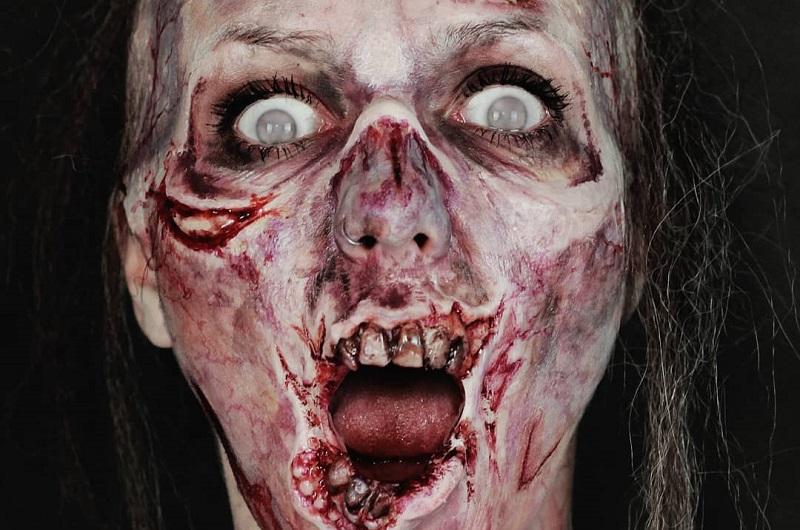 https: img.okezone.com content 2018 11 01 194 1971782 ketika-wanita-cantik-berubah-jadi-zombie-mukanya-meleleh-bikin-ngeri-YOZ2TiT5kk.jpg