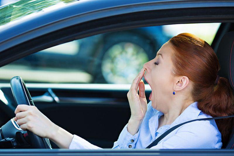 7 Cara Alami Hilangkan Kantuk saat Nyetir di Malam Hari : Okezone Otomotif