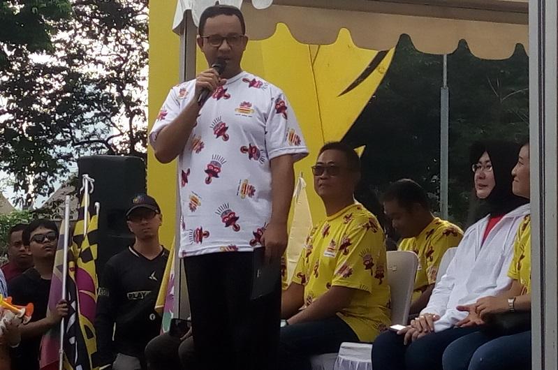 https: img.okezone.com content 2018 11 11 33 1976226 gubernur-anies-baswedan-turut-hadiri-festival-pesona-lokal-jakarta-wYatfDuPov.jpg