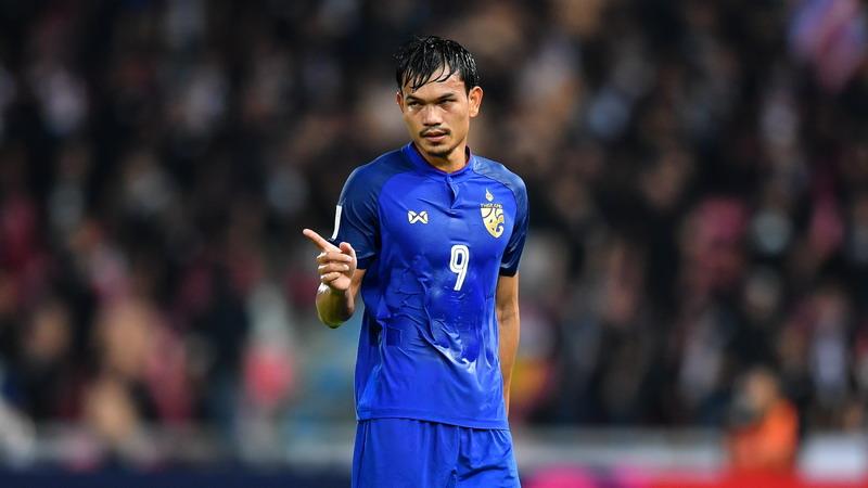https: img.okezone.com content 2018 11 11 51 1976302 cetak-6-gol-ke-gawang-timor-leste-striker-thailand-tak-terlalu-peduli-0c4pgcafPM.jpg
