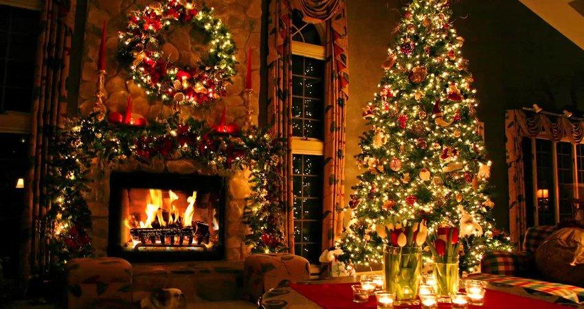 https: img.okezone.com content 2018 11 12 406 1976629 sambut-natal-penginapan-ini-siapkan-kamar-bertemakan-santa-clause-a0lcJ9WvKO.jpg