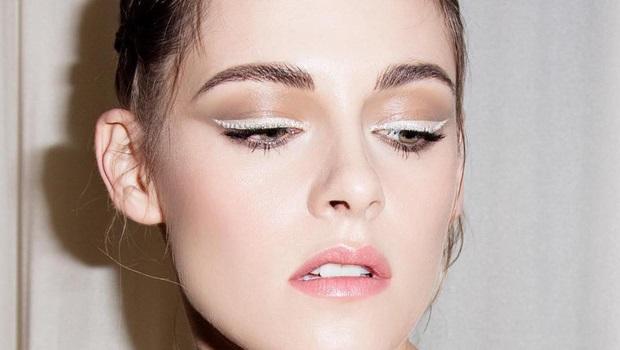https: img.okezone.com content 2018 11 14 194 1977968 ini-cara-menggunakan-eyeliner-putih-yang-jarang-diketahui-tyW5yl1o2X.jpg