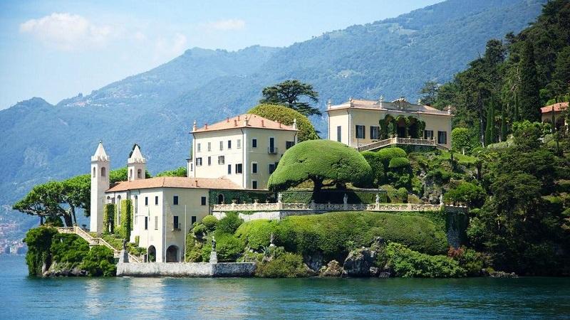https: img.okezone.com content 2018 11 15 406 1978408 5-villa-cantik-di-danau-como-tempat-pernikahan-favorit-artis-dunia-mWENeB1wu1.jpg