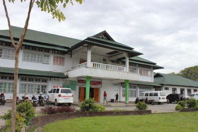 https: img.okezone.com content 2018 11 18 340 1979504 rsud-wamena-kesulitan-layani-pasien-yang-tidak-bisa-berbahasa-indonesia-wAuNs7V4gm.jpg