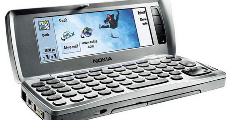https: img.okezone.com content 2018 11 19 57 1979790 daftar-5-ponsel-legendaris-yang-pernah-populer-bbAxPaZIXS.jpg