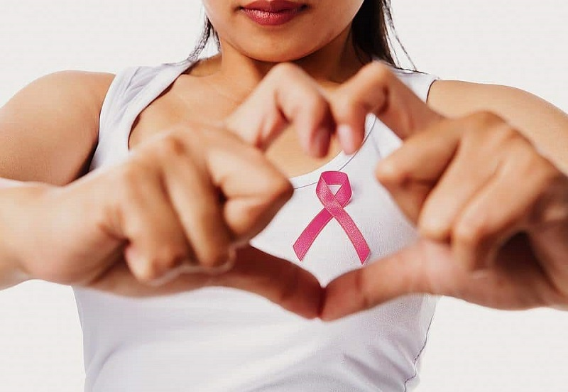 https: img.okezone.com content 2018 11 20 481 1980209 waspada-wanita-sering-bangun-siang-berisiko-tinggi-kanker-payudara-pSH0tfuGAv.jpg