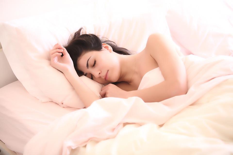 https: img.okezone.com content 2018 11 21 481 1980460 ini-bagian-tubuh-manusia-yang-tetap-aktif-meski-manusia-tengah-tidur-CyAijqvnRa.jpg