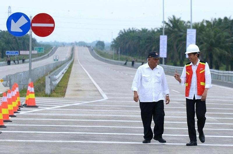 Hasil gambar untuk tol jalan tol jokowi