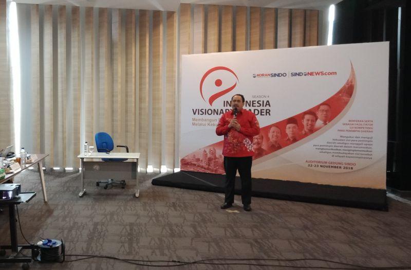 https: img.okezone.com content 2018 11 23 337 1982047 jadi-peserta-indonesia-visionary-leader-bupati-jeje-pangandaran-punya-potensi-pariwisata-Fp9CNslA3p.jpg