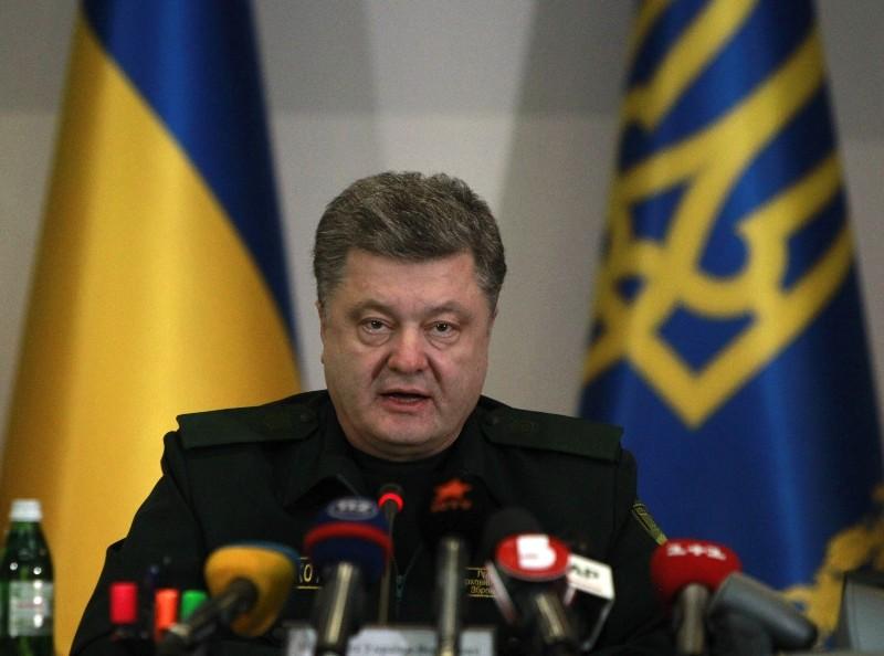 https: img.okezone.com content 2018 11 26 18 1982765 kapalnya-ditembaki-dan-ditahan-rusia-ukraina-akan-berlakukan-darurat-militer-fk1SXHCnta.jpg