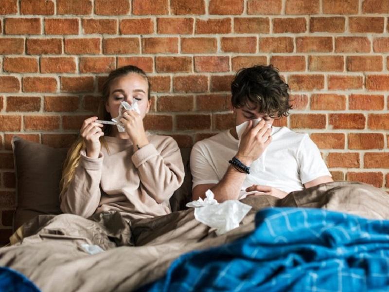 https: img.okezone.com content 2018 11 28 481 1983900 9-benda-di-rumah-yang-bisa-bikin-anda-terserang-flu-simak-9-tips-mencegahnya-iWojMl8QeE.jpg