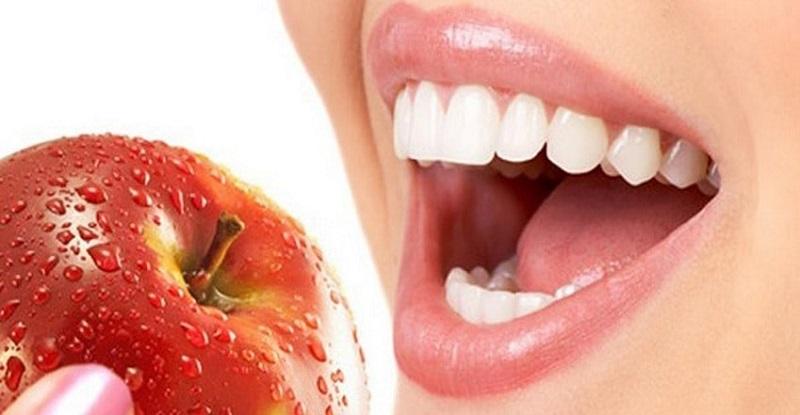 https: img.okezone.com content 2018 11 29 481 1984800 3-fakta-seputar-menjaga-kesehatan-gigi-yang-wajib-anda-ketahui-RGNQgw2T2r.jpg