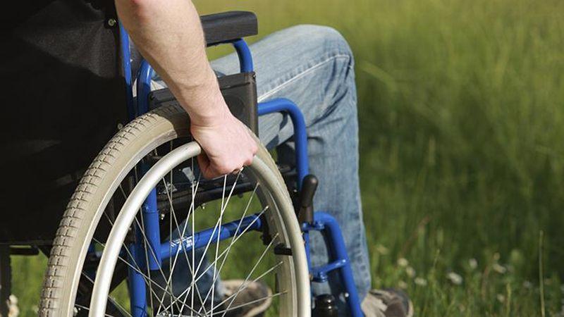 https: img.okezone.com content 2018 12 03 194 1986222 atlet-disabilitas-cantik-yang-berprestasi-siapa-saja-mereka-fMLFkhu1tY.jpg