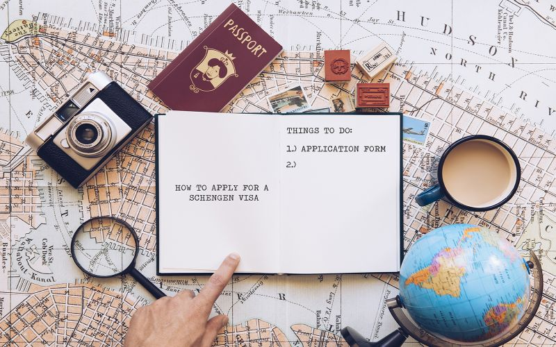 https: img.okezone.com content 2018 12 03 406 1986115 ke-luar-negeri-pilot-tidak-harus-bawa-visa-dokumen-ini-yang-wajib-oQRNspUsRj.jpg