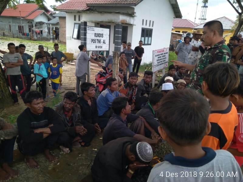 https: img.okezone.com content 2018 12 04 340 1986572 20-warga-rohingya-terdampar-di-aceh-timur-9hLtI9q5kH.jpeg