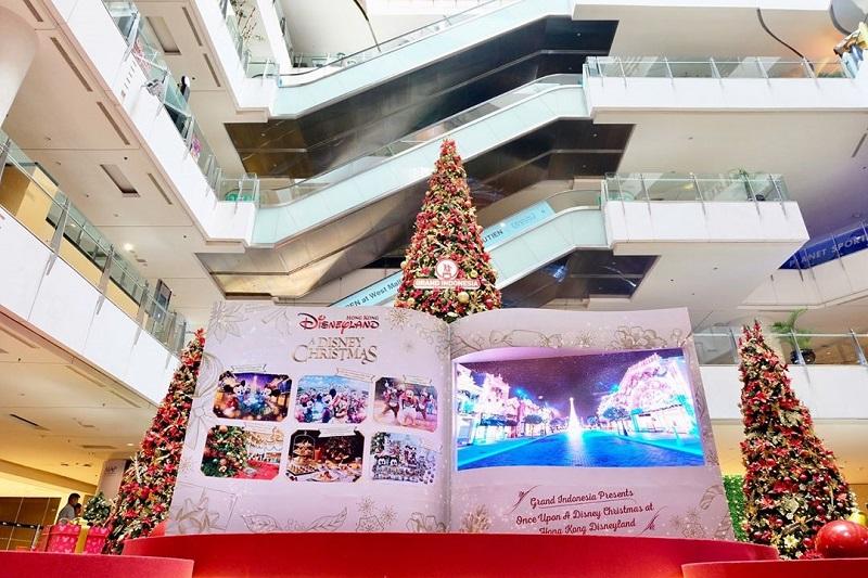 https: img.okezone.com content 2018 12 12 406 1990434 4-mall-dengan-dekorasi-natal-yang-unik-cocok-untuk-main-bersama-anak-pFGmBpEPZS.jpg