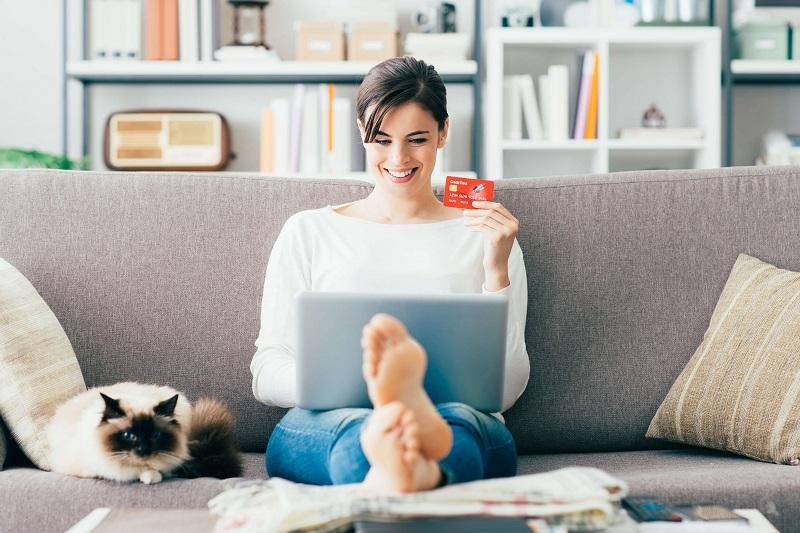 https: img.okezone.com content 2018 12 14 194 1991479 dinilai-negatif-ini-5-keuntungan-belanja-online-dengan-kartu-kredit-Tf7p0Ud6QP.jpeg