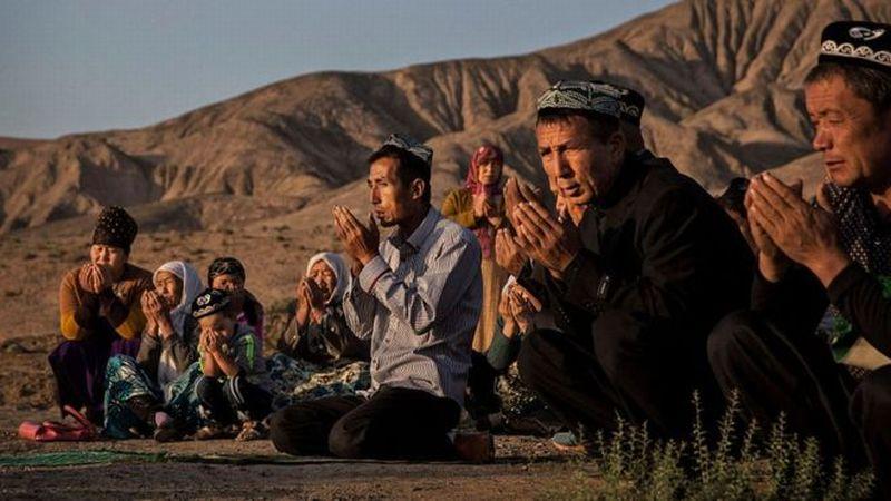 https: img.okezone.com content 2018 12 19 18 1993207 muslim-uighur-dan-kasus-kasus-persekusi-lain-yang-terabaikan-tnDFRI3f2L.jpg