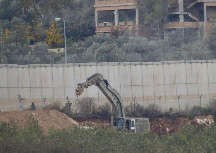 https: img.okezone.com content 2018 12 20 18 1993707 israel-tunjukkan-terowongan-yang-diduga-digunakan-hizbullah-NrkcX0MTYr.JPG