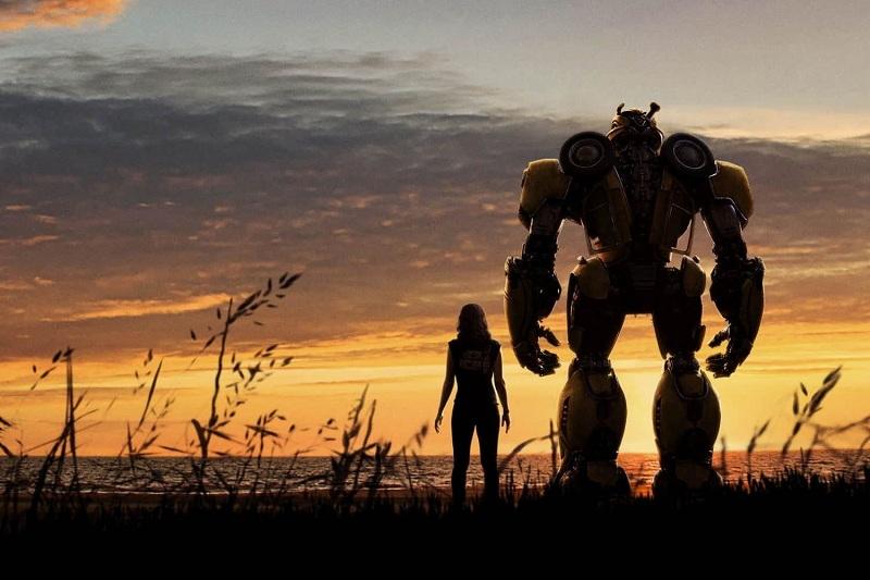 https: img.okezone.com content 2018 12 21 206 1994410 bumblebee-hajar-dropkick-dalam-klip-terbaru-prekuel-transformers-TpjSK1rf3S.jpg