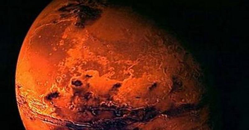 https: img.okezone.com content 2018 12 25 56 1995698 kirim-manusia-ke-mars-astronot-apollo-8-itu-langkah-bodoh-652Ru66MGP.jpg