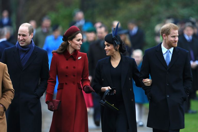 https: img.okezone.com content 2018 12 26 196 1996282 alasan-pangeran-george-dan-putri-charlotte-absen-di-kebaktikan-natal-i7asnY9uhM.jpg