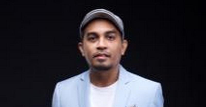 https: img.okezone.com content 2018 12 29 205 1997507 glenn-fredly-hingga-mikha-tambayong-berkolaborasi-di-album-natal-2018-sxjDHCjyY7.jpg