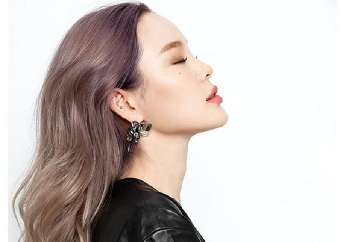 https: img.okezone.com content 2018 12 31 194 1998344 tren-warna-rambut-di-2019-cocok-untuk-kulit-asia-0ZnzPgGXIe.jpg