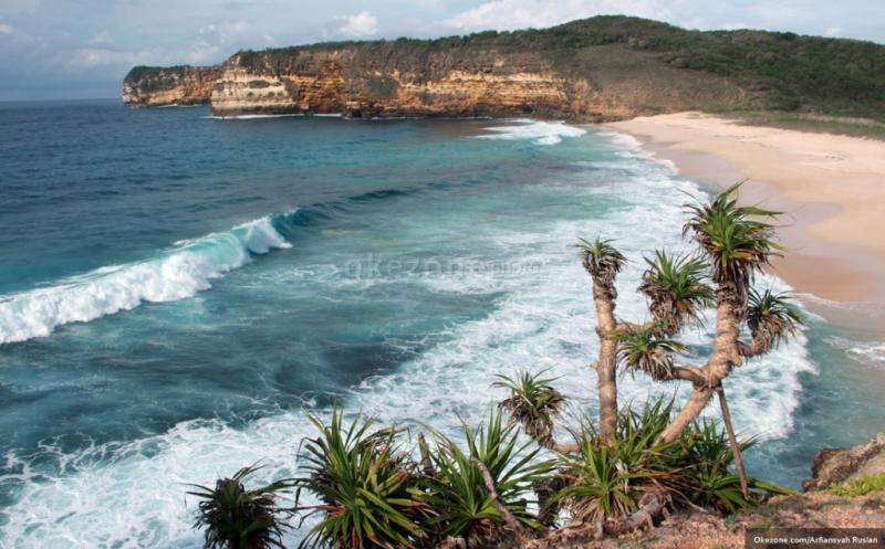 https: img.okezone.com content 2019 01 01 525 1998703 pangandaran-diguncang-gempa-5-sr-bpbd-tidak-berpotesi-tsunami-CcfWwqdORb.jpg