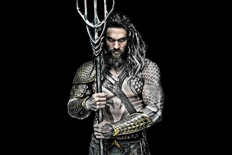 https: img.okezone.com content 2019 01 02 206 1998920 aquaman-jadi-film-hits-terbesar-dc-setelah-batman-the-dark-knight-rises-2ePzxgArC0.jpg