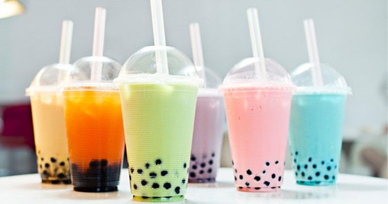https: img.okezone.com content 2019 01 02 298 1999140 asal-mula-bubble-tea-minuman-paling-hits-di-dunia-1v9XfKVbEb.jpg