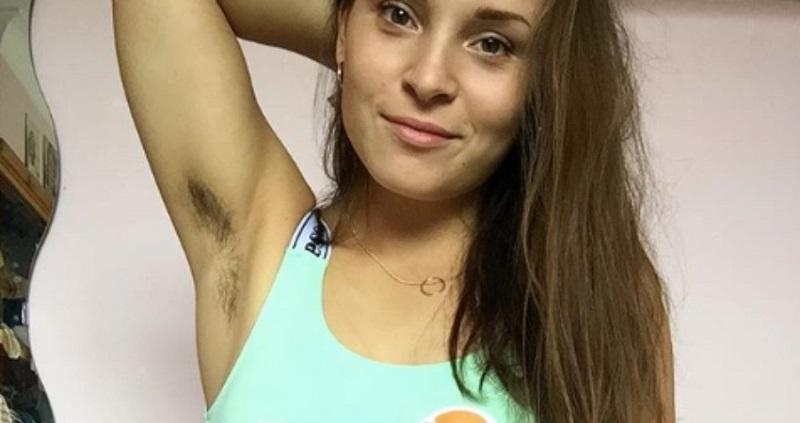 https: img.okezone.com content 2019 01 07 194 2001248 unik-perempuan-ini-buat-kampanye-untuk-tidak-memotong-bulu-ketiak-dan-kaki-1k1sY5l65P.jpg