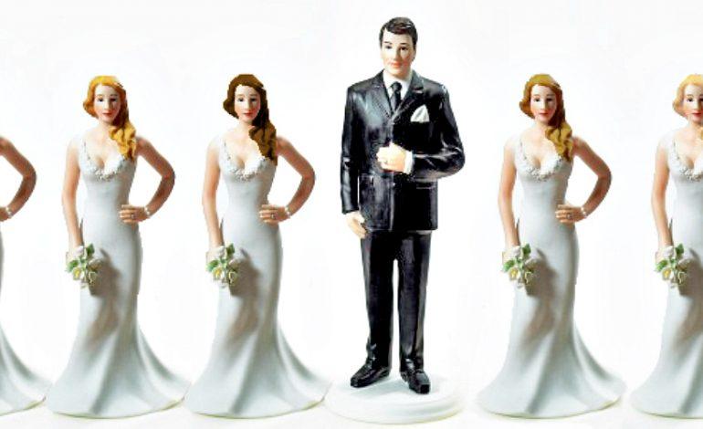https: img.okezone.com content 2019 01 07 196 2001253 foto-berisi-kebijakan-presiden-tunisia-yang-membolehkan-poligami-begini-faktanya-dElmujPYFA.jpg