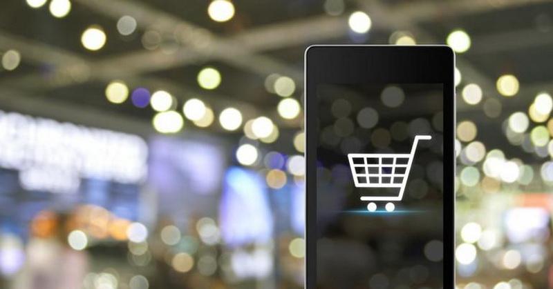 https: img.okezone.com content 2019 01 08 57 2001383 4-smartphone-terpopuler-yang-diburu-pembeli-online-YkS57sosRn.jpg