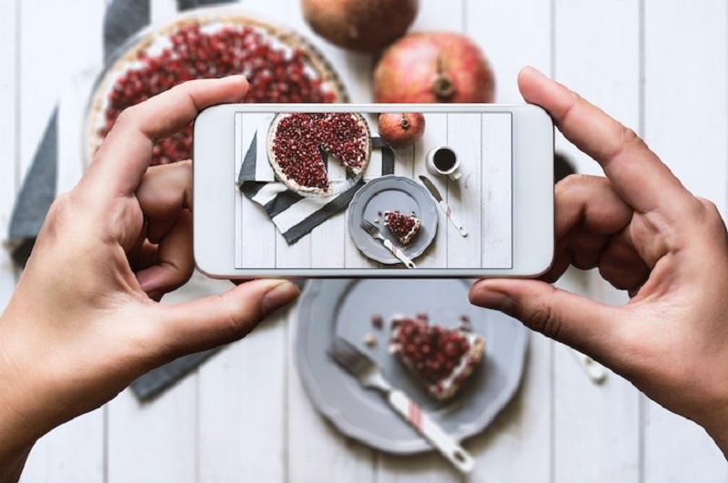 https: img.okezone.com content 2019 01 10 298 2002551 trik-memotret-makanan-agar-instagramable-langsung-dapat-banyak-like-utO6sRKMF5.jpg