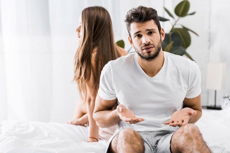 https: img.okezone.com content 2019 01 11 196 2002977 istri-menolak-berhubungan-seks-seorang-suami-ngambek-lakukan-ini-KT27EIWjEK.jpg