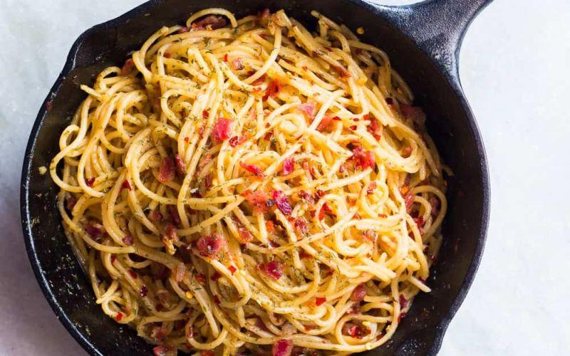 Hot Spaghetti Aglio Olio Chicken Untuk Makan Siang Okezone Lifestyle