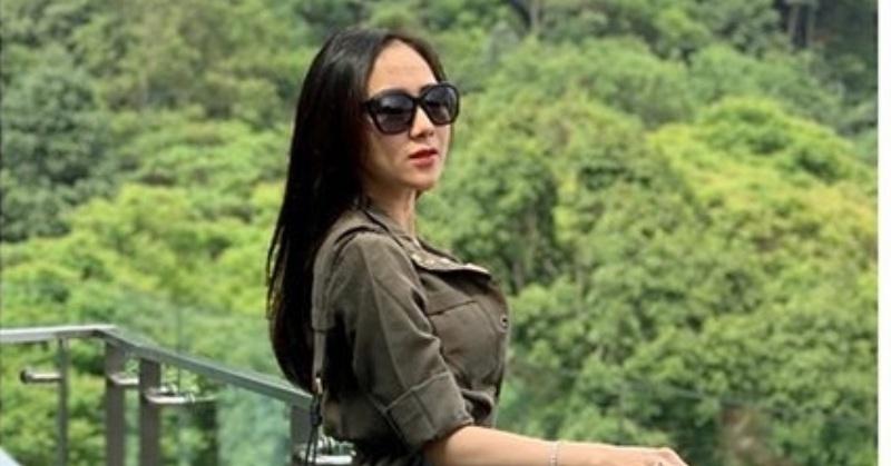 Kaget dan Senang, Ucie Sucita Dicalonkan Jadi Duta Pariwisata Jawa Barat : Okezone Celebrity