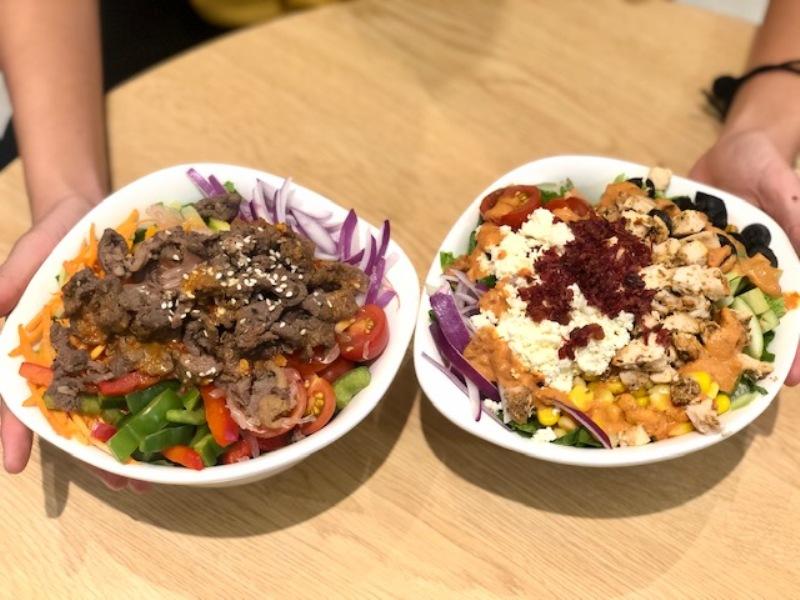 https: img.okezone.com content 2019 01 17 298 2005896 salad-dengan-protein-bakal-hits-di-2019-wdDIbvta6I.jpeg
