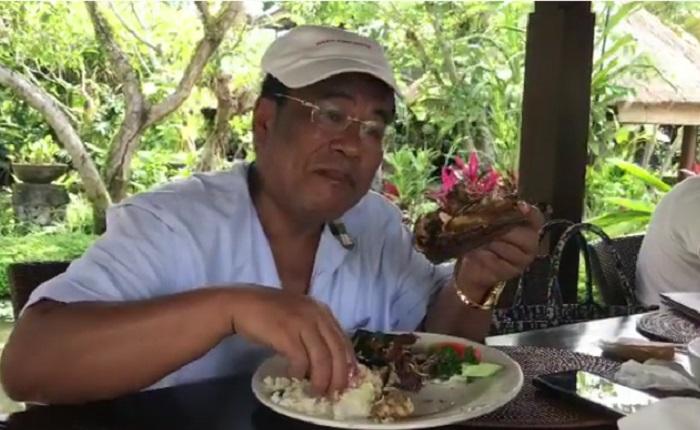 https: img.okezone.com content 2019 01 17 298 2005912 lihat-5-gaya-kulineran-hotman-paris-netizen-horang-kaya-mah-bebas-bI3SNzuAaR.jpg